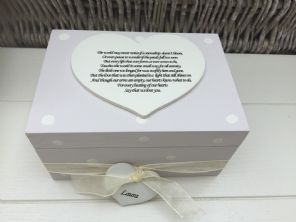 Shabby Personalised Chic In Memory Of A Loved One ~ Any Name ~ Memory Box ~ - 232475352864